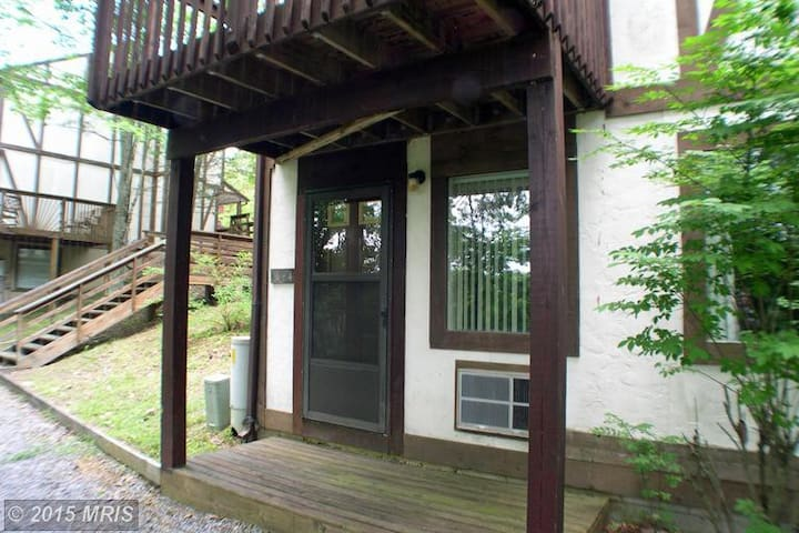 Serene Mountain Area- 1 BR, Hike, Bike, Golf, Ski - Basye