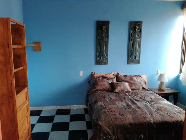 La Casa Rosa. Habitación privada con desayuno - Oaxaca - House
