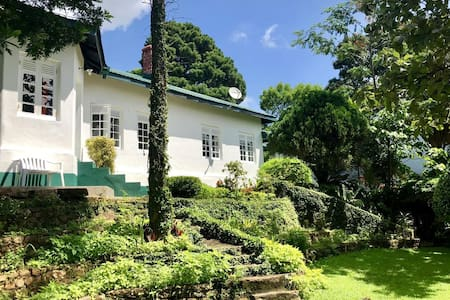 Gammaduwa Colonial Bungalow and Tea Estate
