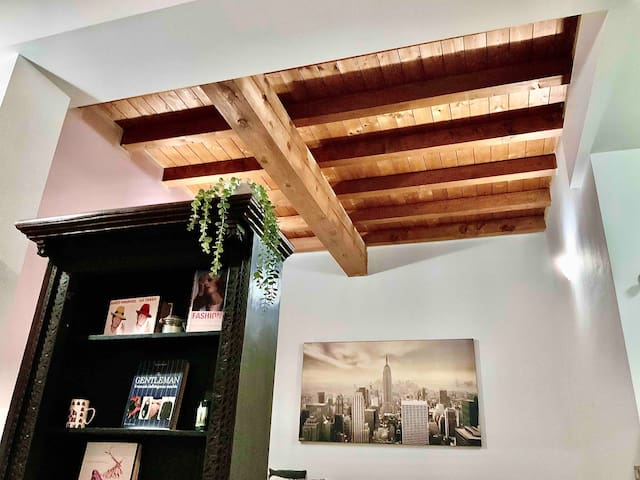 *Maison Bastia* Design & Comfort in Motor Valley