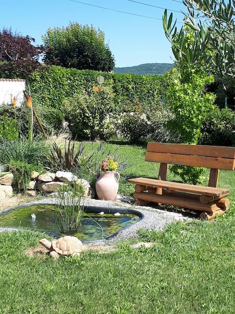 Séjour en Provence,petit déj,piscine,lavandes