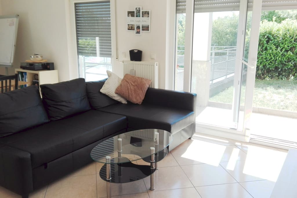 Super bright apartment best district of luxembourg for Area933