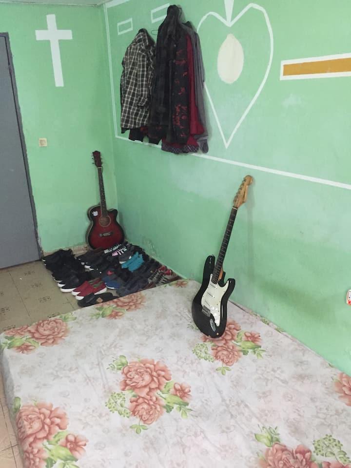 Studio paisible dans une commune huppé et sécurisé