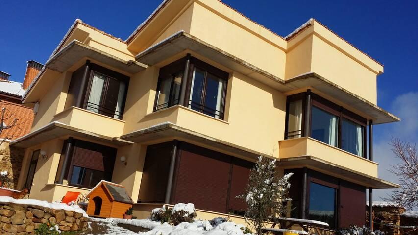 Una casa con vistas en Santa Catalina de Somoza