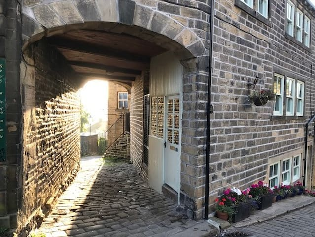 The Archway, Haworth. Superb one bedroom apartment