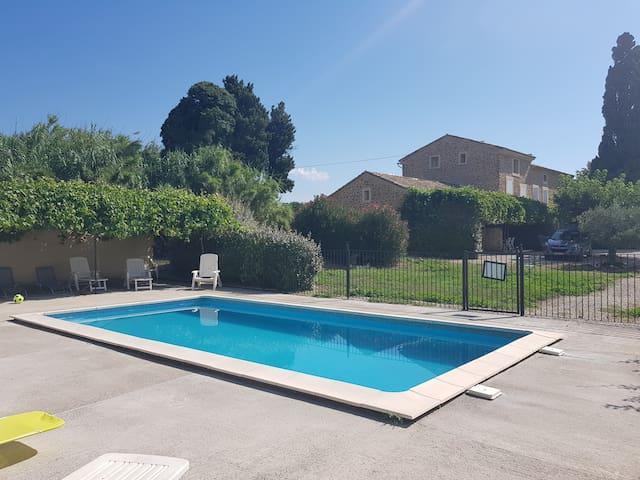 Gîte Agathe : 2 à 4 pers avec piscine en Provence
