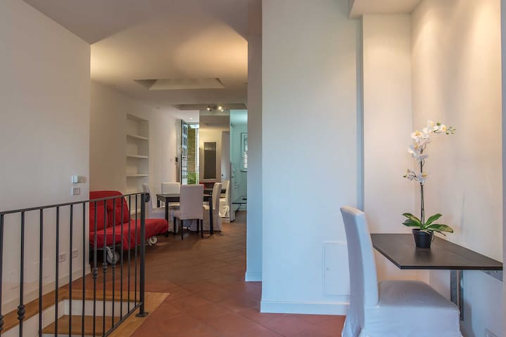 Two Floors La Celsa Apartment - Rome - Huis