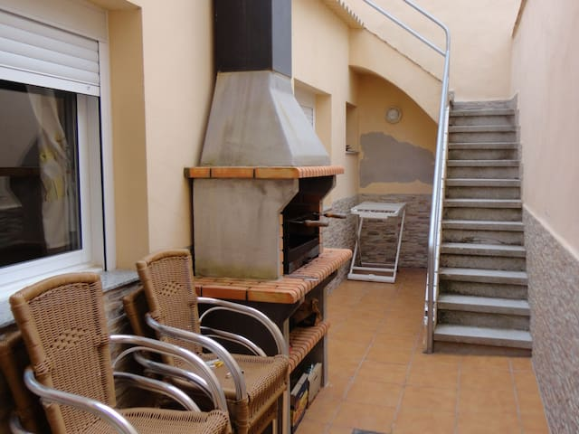 CASA MARTINET- A 180 METERS FROM THE BEACH