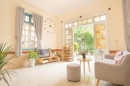 [LAPAZ-4]  - 整栋房子 -  5间卧室 -  6张床 - 每日清洁 - 旅游区