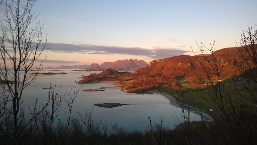 Rustic cottage with view to the midnight sun - Bodø - Cabin