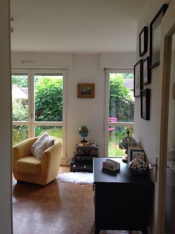 Aucoeurde3 - Troyes - Huoneisto