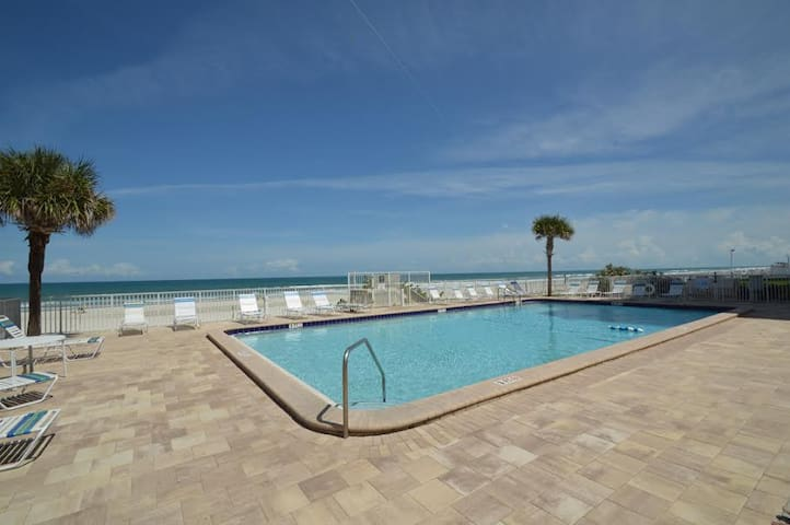 Ponce Inlet Beach Oceanfront 2/2 - Port Orange - Condo