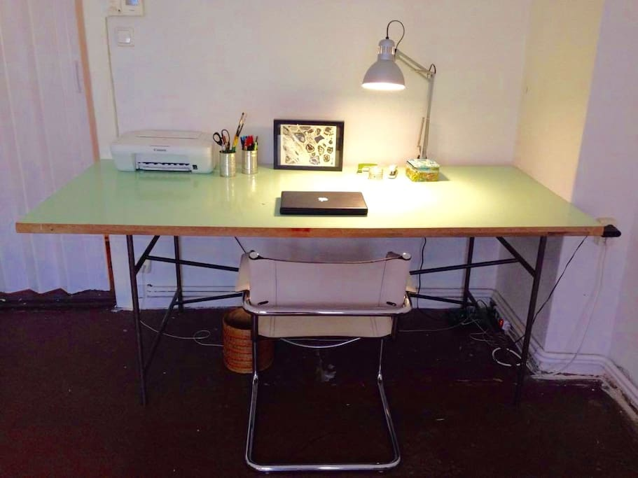Big working space with a table, wi-fi connection and an access to a printer if needed.
