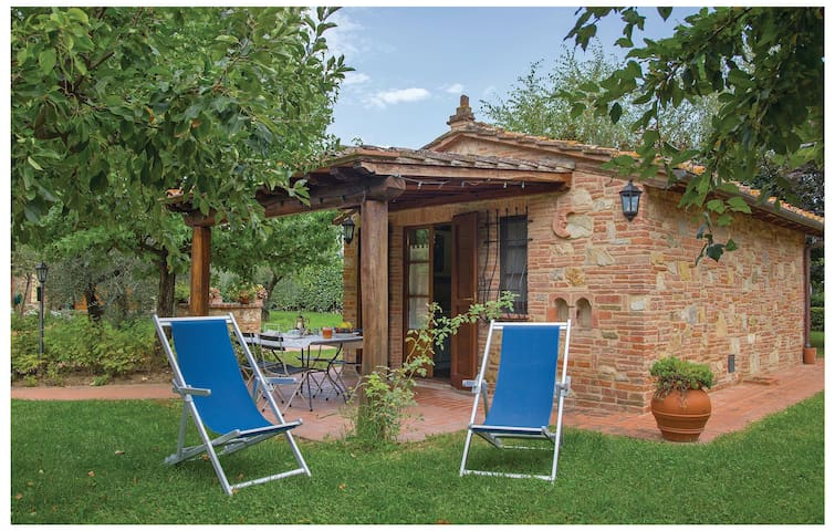 Holiday cottage with 1 bedroom on 30 m² in Castiglino del Lago PG