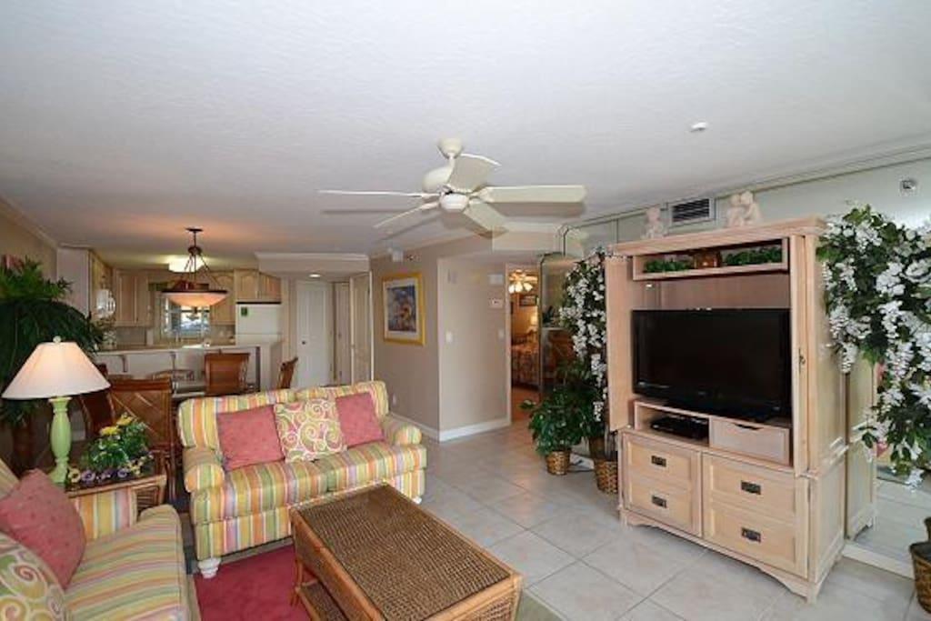 Living Area with Flatscreen TV