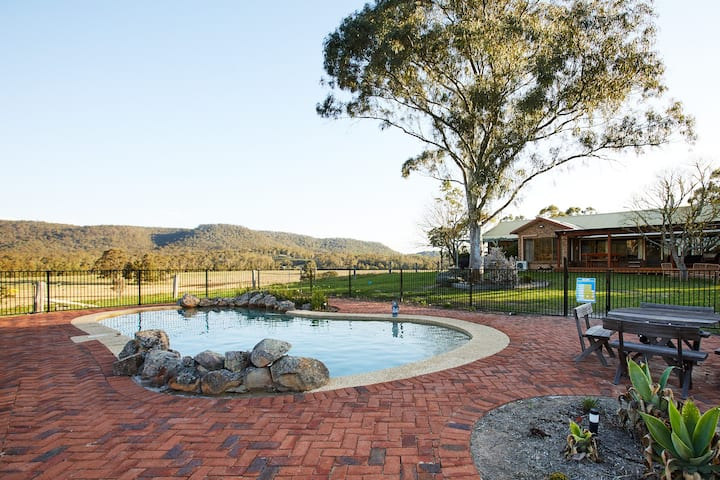 Peppercorns Farmstay -  Riverside