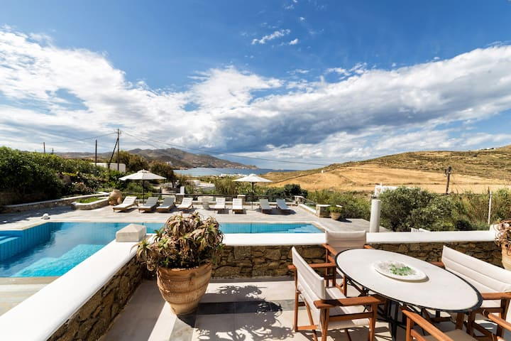 Sun Suite, Villa Galaxy, Mykonos-Ftelia