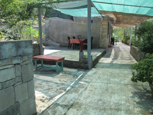 One bedroom house near beach Prigradica, Korčula (K-14892)