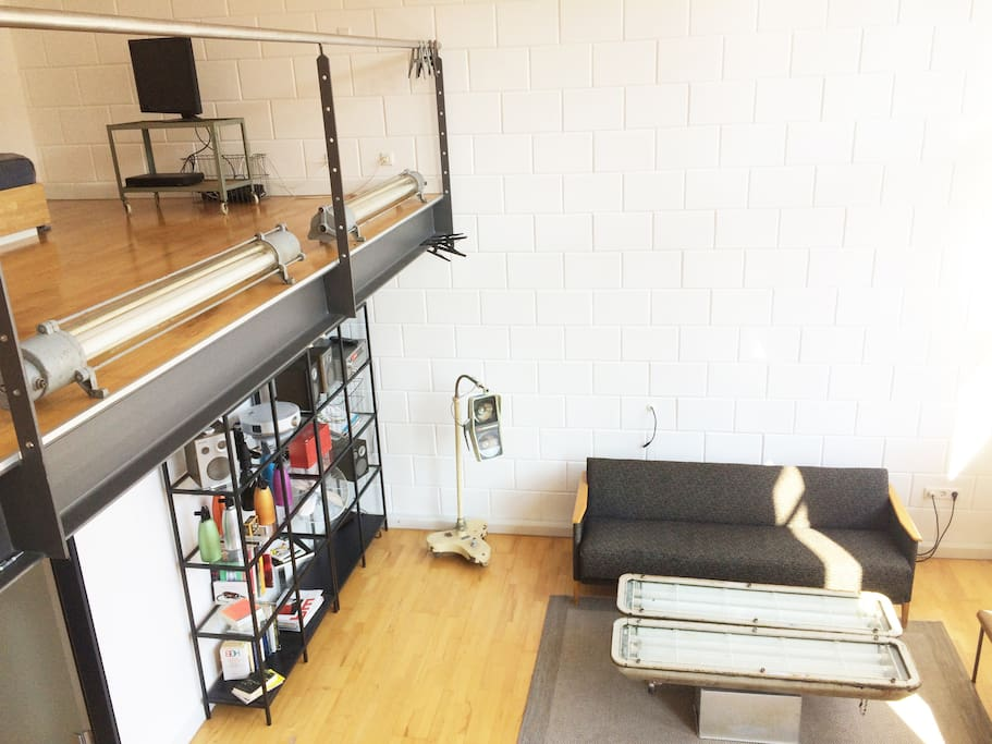 industrial loft with riverview flats for rent in leipzig sachsen germany. Black Bedroom Furniture Sets. Home Design Ideas