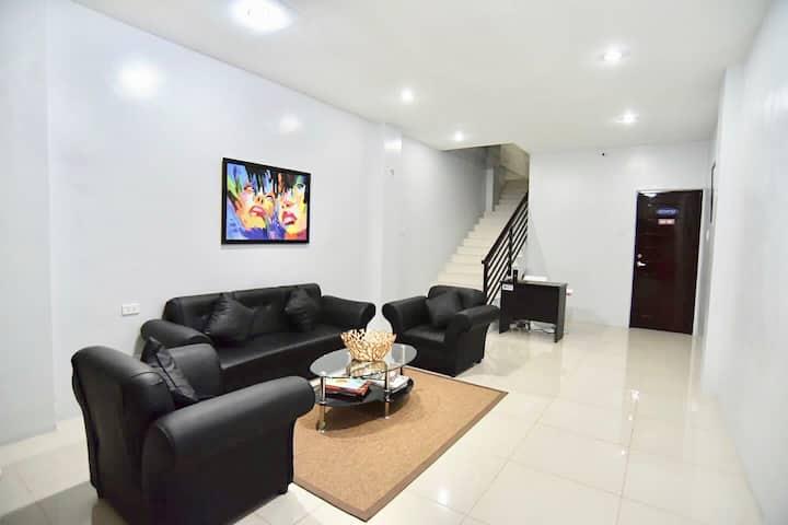 HARDROCK Residences (1 Bedroom)