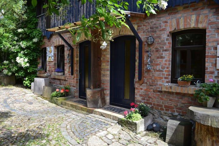 ABH Am Blauen Hof (Weimar) - LOH07399, Ferienwohnung auf zwei Etagen, 40qm, 1 Wohn-/Schlafzimmer, max. 2 Personen