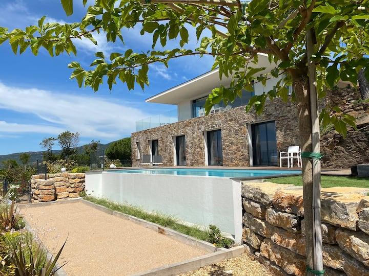 Luxusvilla Mistral * Panoramablick * Pool * 8Gäste