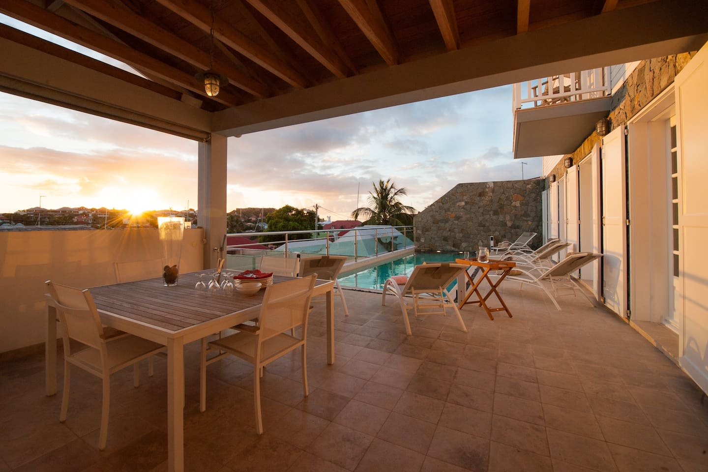 Sunset Dining in the Heart of Gustavia!