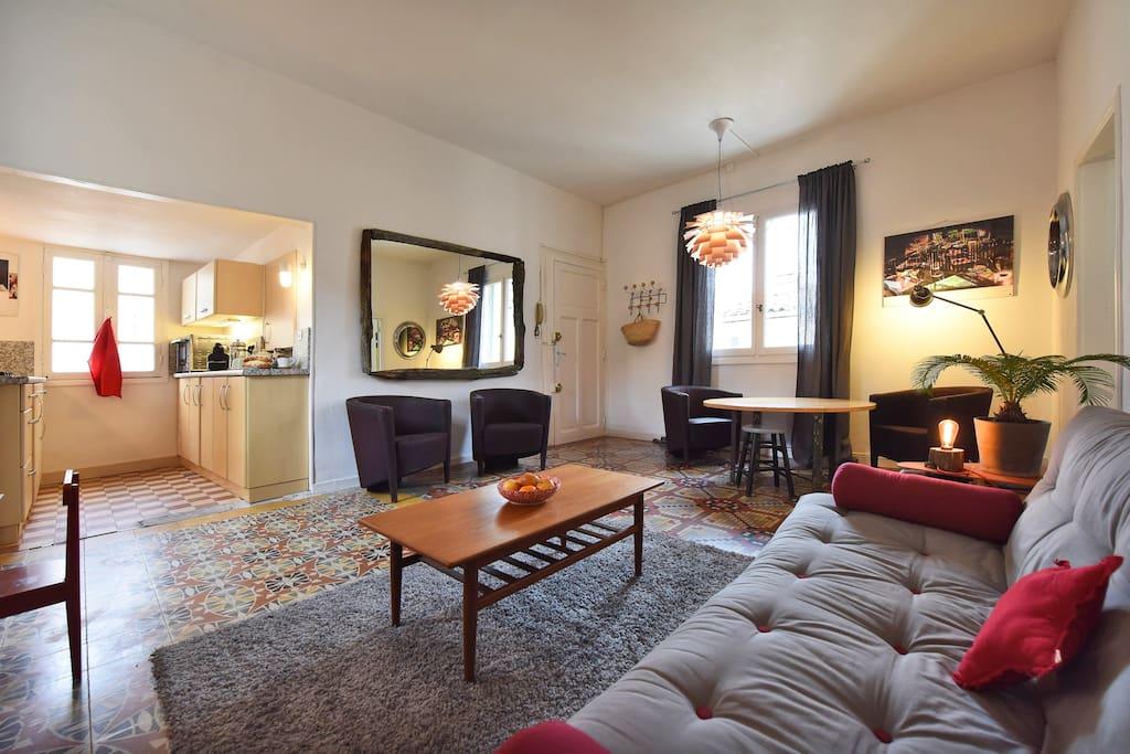 Duplex design 100 m2 centre historique appartements for Appartement design 100m2