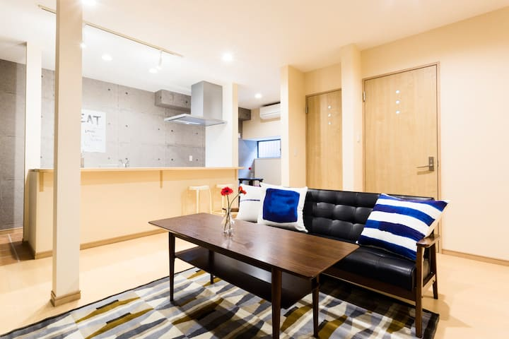 2 Floors 1min to sta. w/Pocket WiFi - Taitō-ku - House
