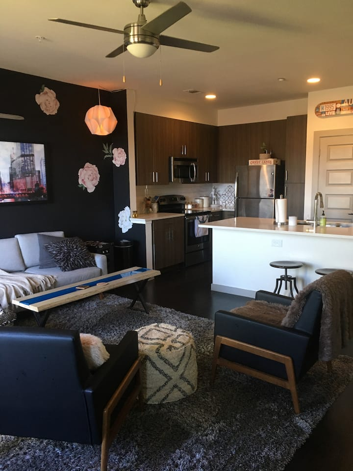 Modern & Spacious Apt near Downtown & Zilker | 1BR