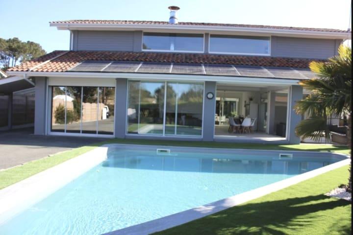 la Villa d andernos 200m2 piscine et spa