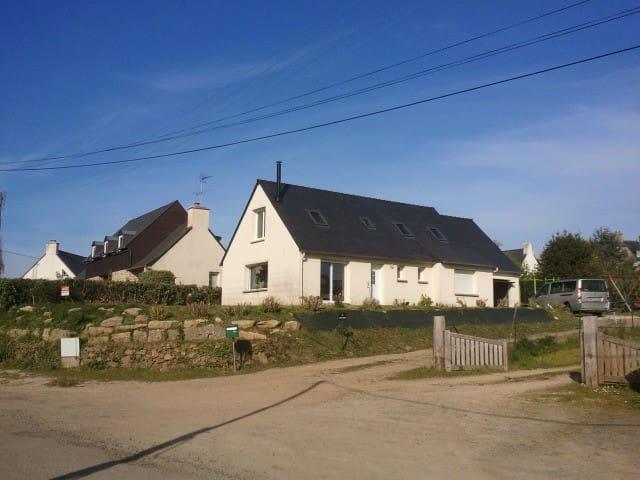Maison familiale vue mer - Trébeurden - House