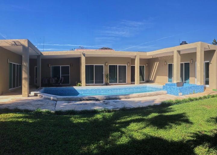 Casa de descanso con piscina a 20 min de Mérida.