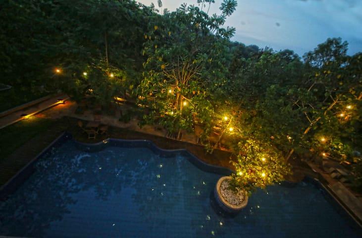 Airport Eco Resort