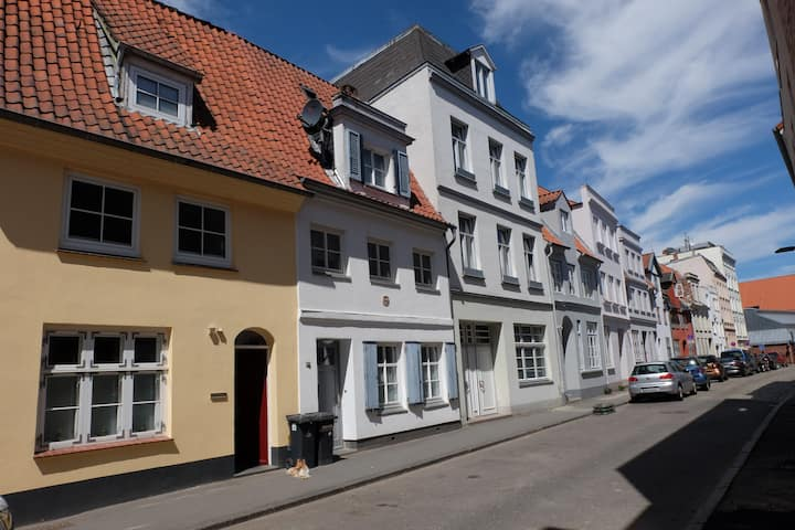 """Studio 2"" Holiday Flat in Luebeck's Old Town"