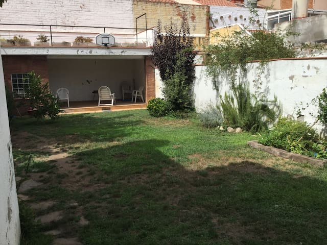 House in sabadell, 30' from Barcelona By train