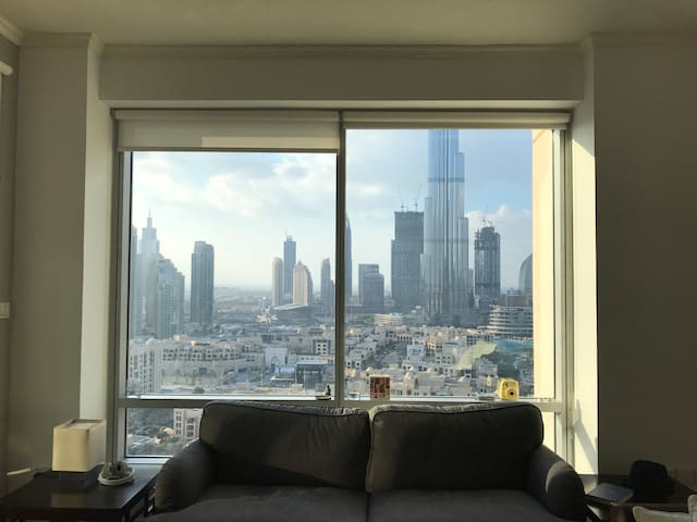 Real Home in Downtown Dubai with Burj Khalifa View - Dubai - Departamento