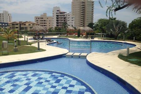 Santa Marta BelloHorizonte - Santa Marta (Distrito Turístico Cultural E Histórico) - Appartement