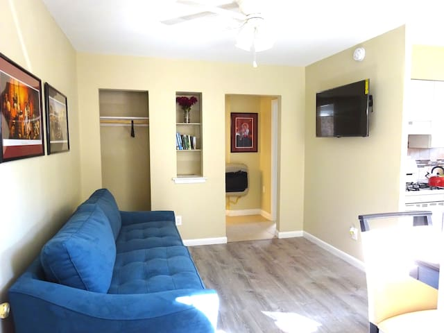 Prime new orleans location near french Quarter