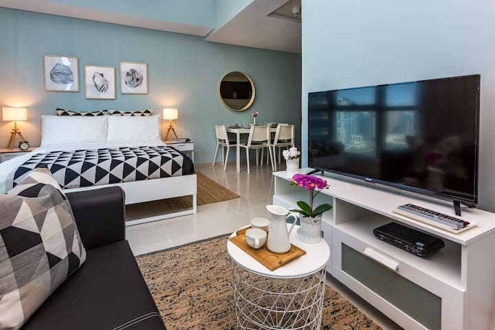 Студия с видом на море в Дубае Марина на 19 этаже