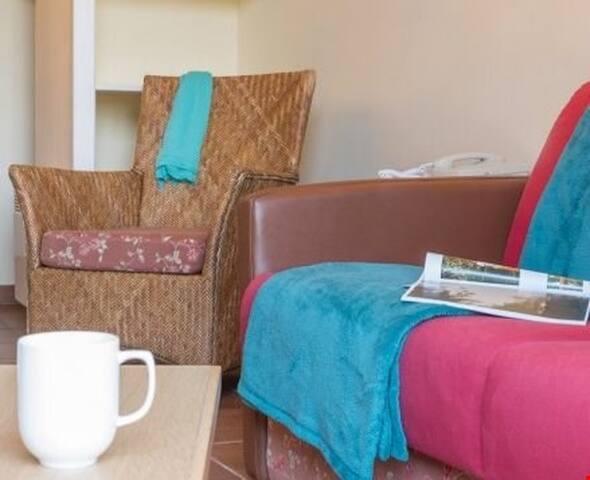 Lovely 2 Bedroom Home for 6 in Branville