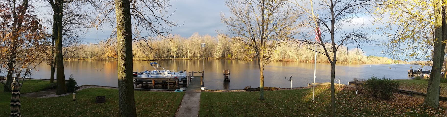 Wolf River Vacation Home - Fremont
