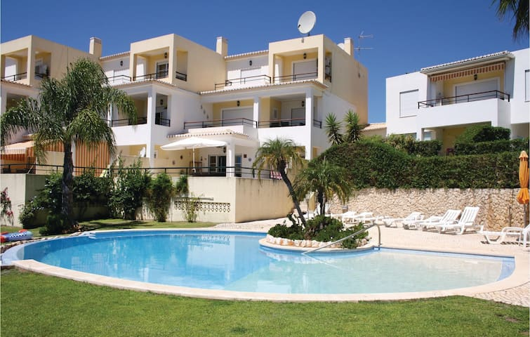 Holiday apartment with 2 bedrooms on 95m² in Alvor