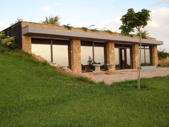 Eos Garden Flat, Nilie Suites & Aprts