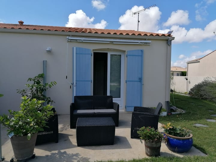 Studio 15 kms de la Rochelle
