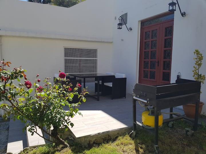 Studio avec jardin proche sanctuaire centre ville