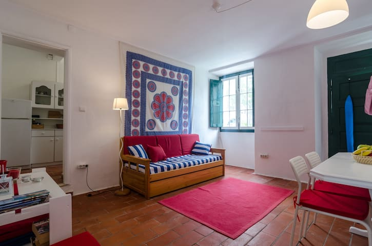 Apartment in Traditioneller Villa am Strand