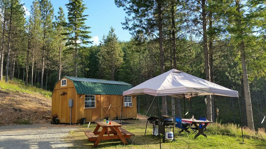 Alhambra Retreat cabin. Charming and cozy retreat! - Kellogg - Hytte