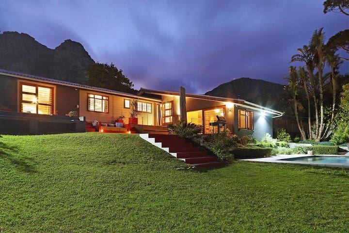 Luxury Eco Villa in the Majestic Hout Bay Valley