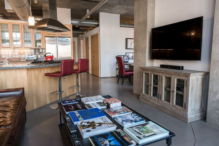 Riverfront Loft in Heart of Denver's Best Neighborhood - Executive Rental